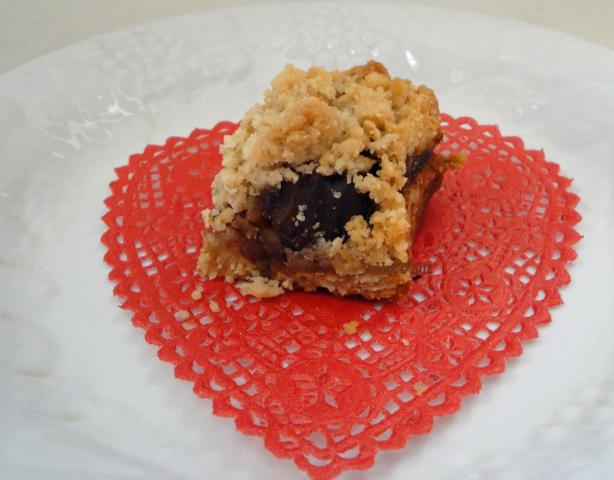 Date Crumble Bars