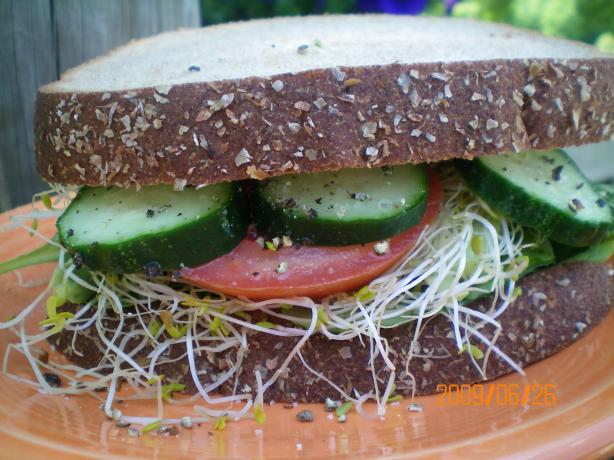 Veggie Sandwiches A.k.a. Veggimiches