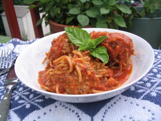 Spaghetti Meatballs With Tomato-Basil Sauce