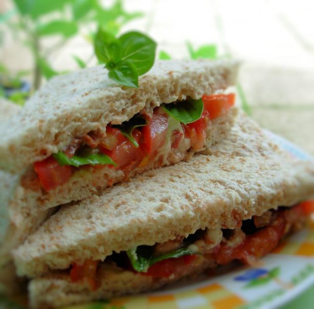 Best Tomato-Basil Sandwich!!!