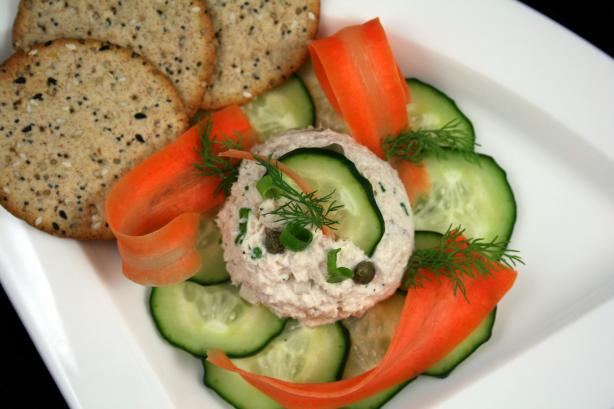 Composed Dilled Tuna Salad
