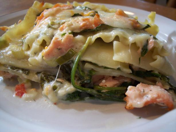 Dill-Licious Salmon and Spinach Lasagna:
