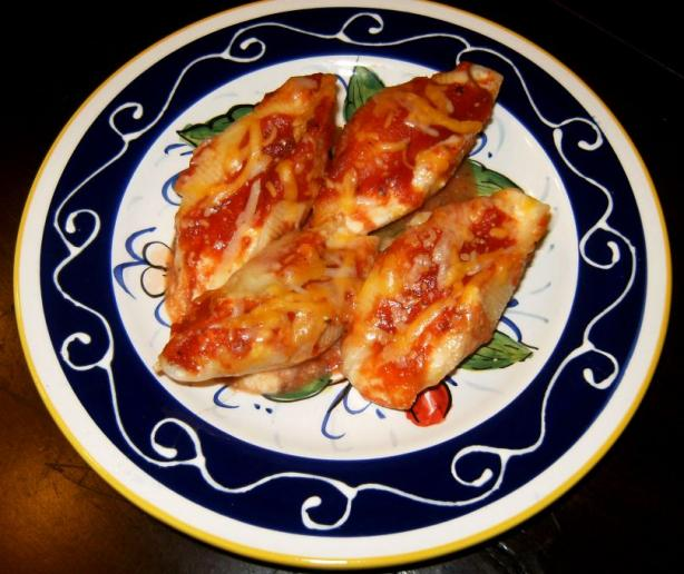 Three Cheese Stuffed Shells Italiano