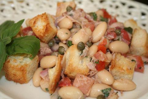 Tuna Panzanella Salad