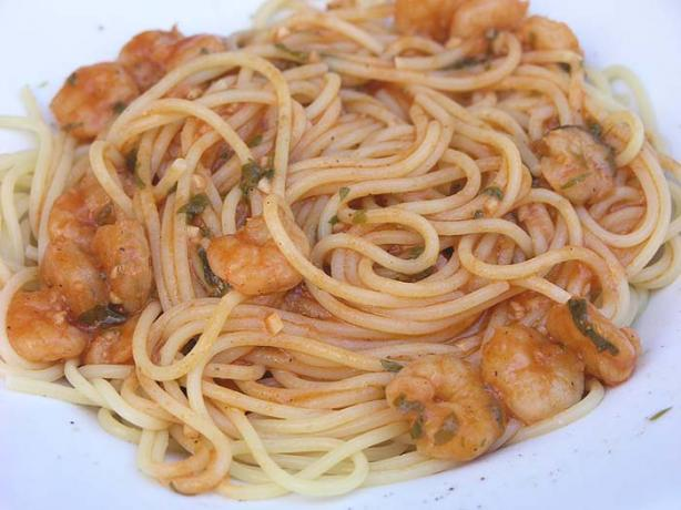 Dalmatian Spaghetti With Prawns