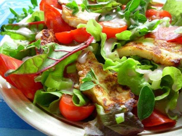 Halloumi Salad - so Tasty