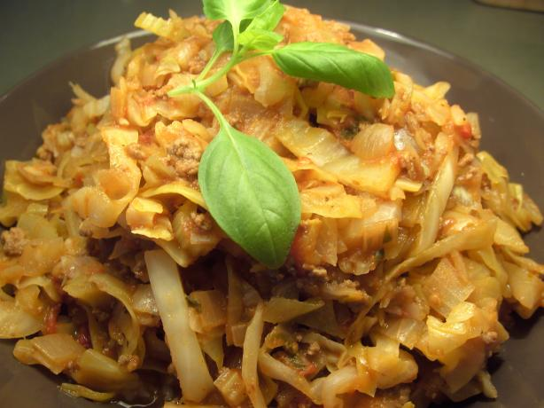 Beef With Cabbage and Tomatoes