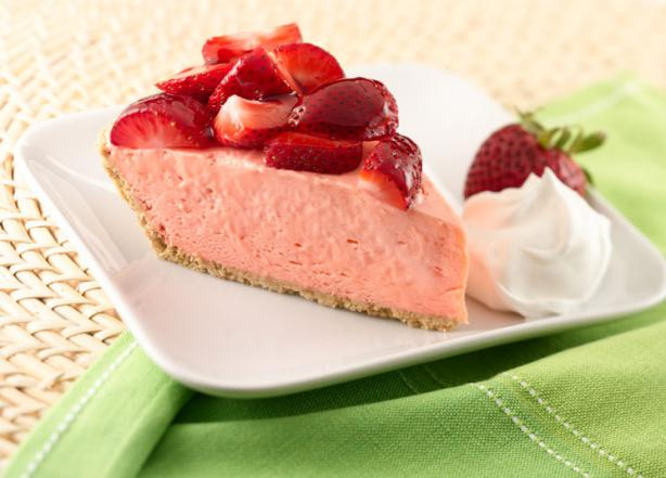 Nasoya Strawberry Cream Pie With Sugar Cookie Crust
