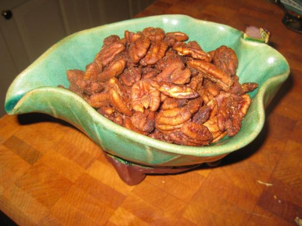Sweet-Hot Toasty Pecans