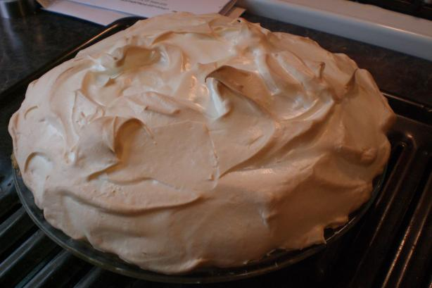 Meringue Topping... You Don't Weep, It Doesn't Either!!