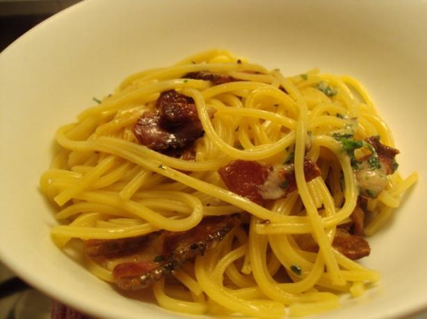 Spaghetti With Butter Parmesan and Browned Bacon