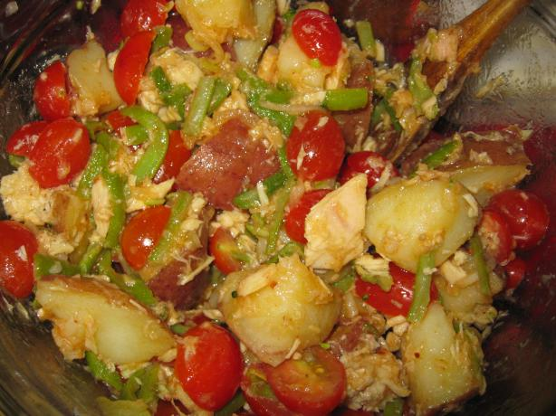 Tuna and Potato Salad a La Espanola