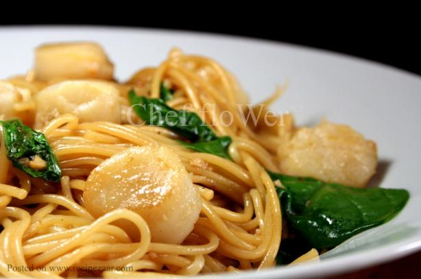 Garlic Scallops With Angel Hair Pasta