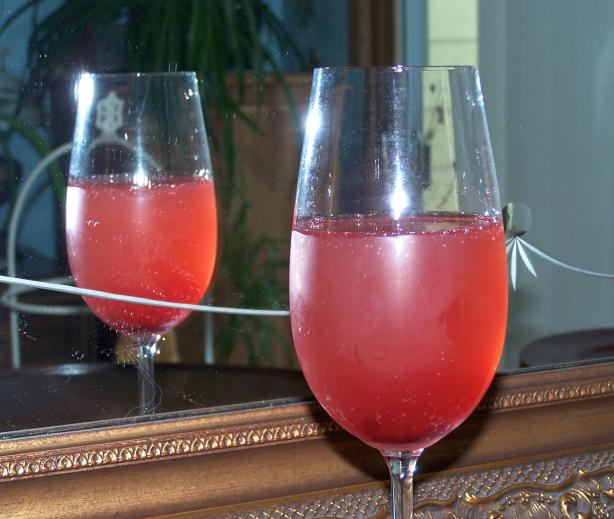 Grand Pomegranate Prosecco for Lovers!