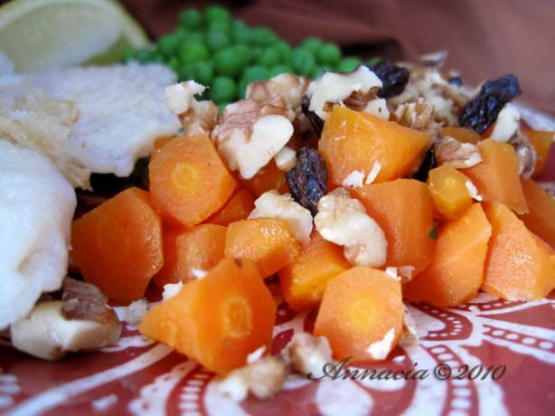 Baby Carrots With Lemon & Walnuts
