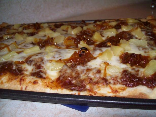 Pulled Pork and Pineapple Pizza
