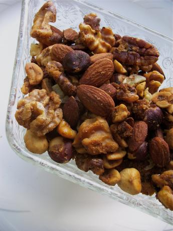 Simple Sweet and Savory Spiced Walnuts