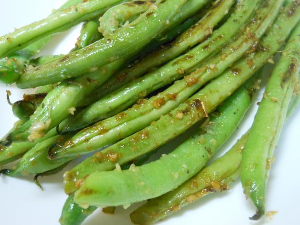 Garlic and Thyme Green Beans