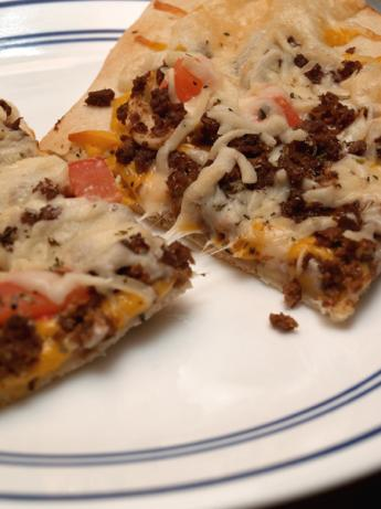Vegetarian Garlic Hamburger Pizza