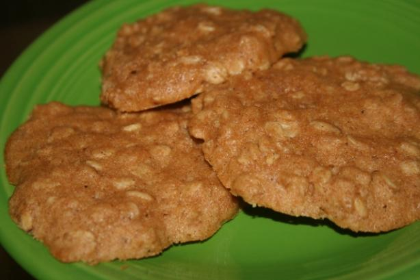 Peanutty Oatmeal Cookies