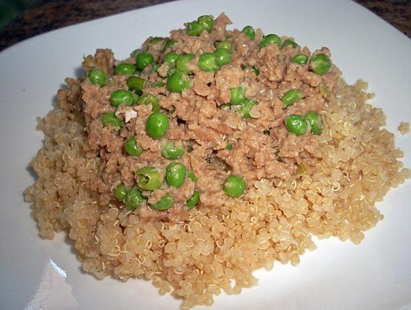 Ground Seitan With Peas