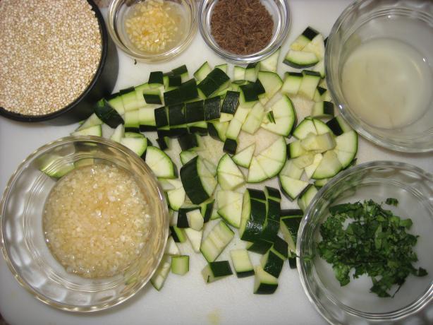 Taquille Quinoa Zucchini Soup