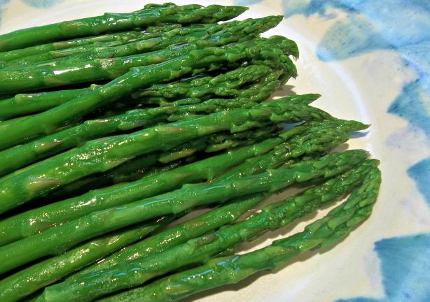 Microwave Steamed Asparagus Tips