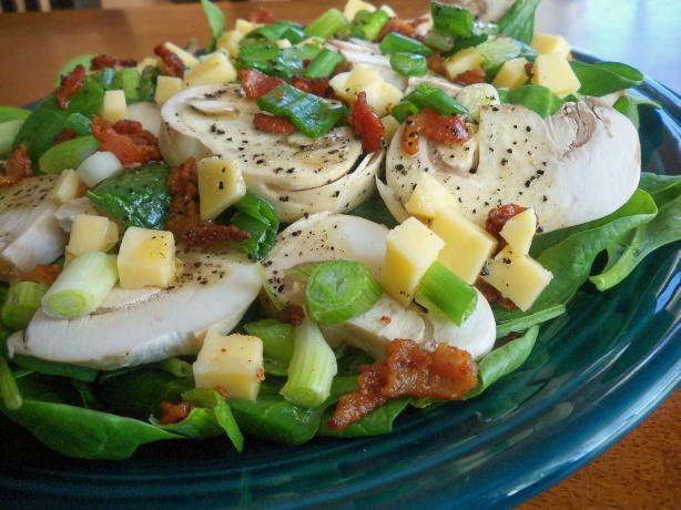 Gouda Spinach Salad