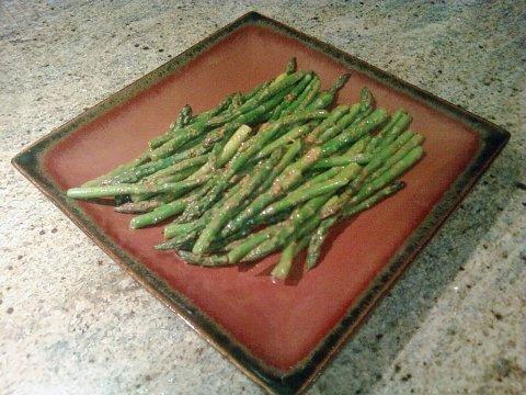 Zesty Paprika Asparagus