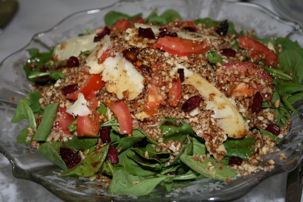 Arugula Salad With Walnuts (Cevizli Roka Salatasi)