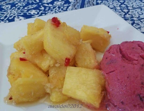 Kokos- Och Honungstäckt Ananas