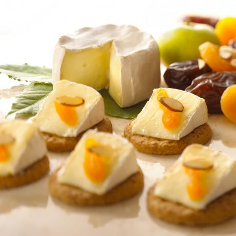 Alouette Extra Creamy Brie With Dried Fruit and Almonds