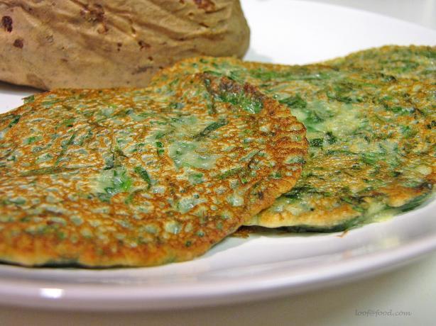 Scandinavian Spinach Pancakes (Pinaattiohukaiset)