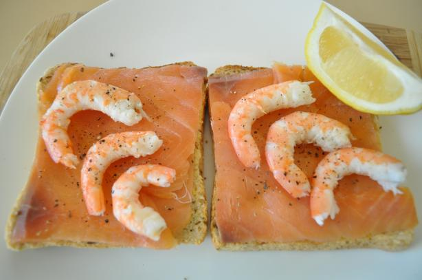 Smoked Salmon Open Faced Sandwich (Laks Smørrebrød