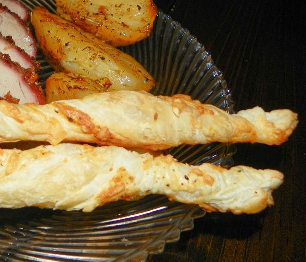 Kaasstengels (Dutch Cheese Stems)