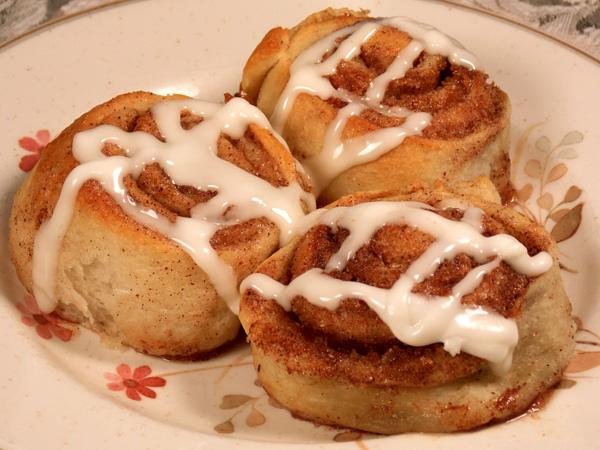 Easiest Cinnamon Rolls Ever