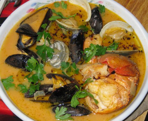 Mariscada En Recado (Shellfish Stew)