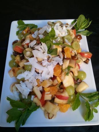 Persian Fruit Salad Desser Miveh