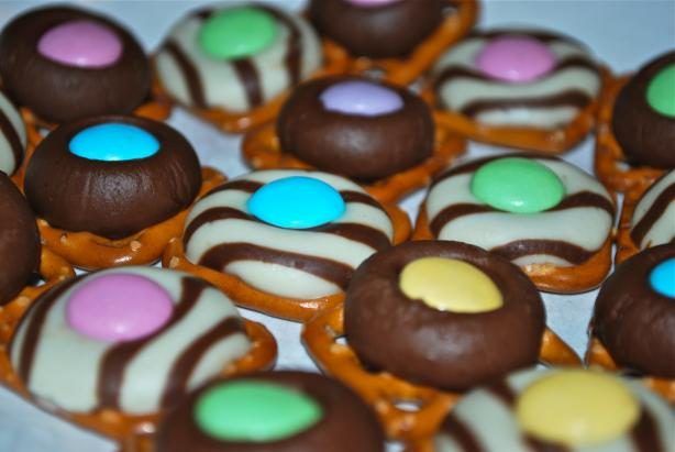 Chocolate Pretzel Ring Candies