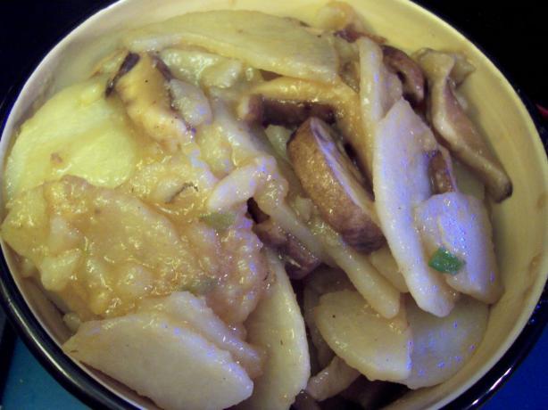 Chinese stir-fried potatoes