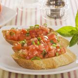 Bruschetta with Fresh Tomatoes and Garlic