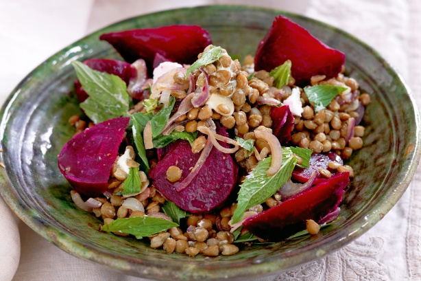 Lentils with roasted beetroot and goat's cheese