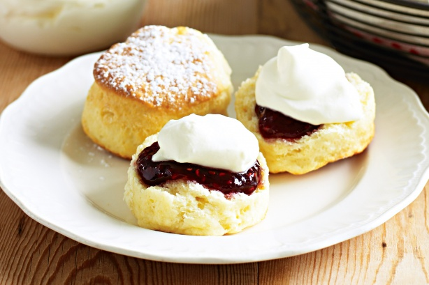 Basic buttermilk scones