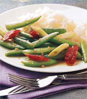 Stir-Fried Sugar Snap Peas with Chinese Sausage