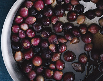Glazed Red Pearl Onions