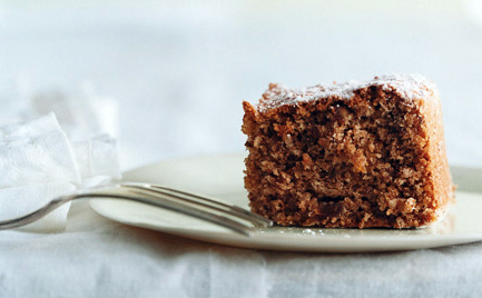 Walnut-Date Torte