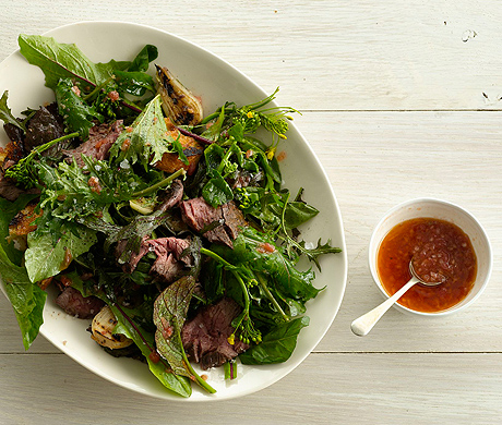 Grilled Steak Salad with Tomato Vinaigrette