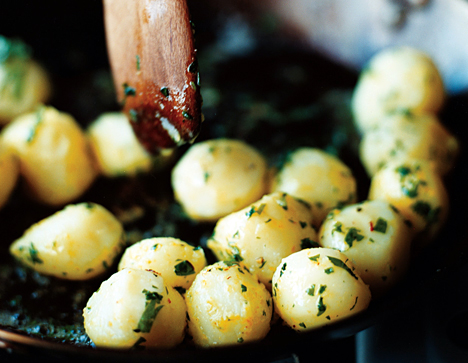 Parsleyed Potatoes with Saffron