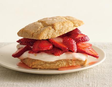 Almond-Oat Strawberry Shortcakes