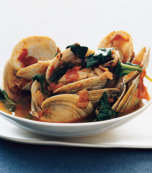 Steamed Clams with Bacon, Tomato, and Spinach